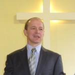 pastor Janusz Lindner